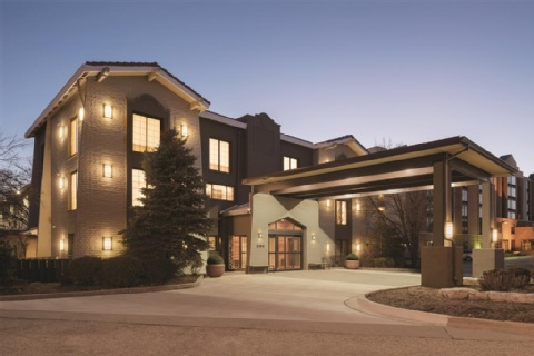 Country Inn & Suites by Radisson, Hoffman Estates, IL, IL 60195